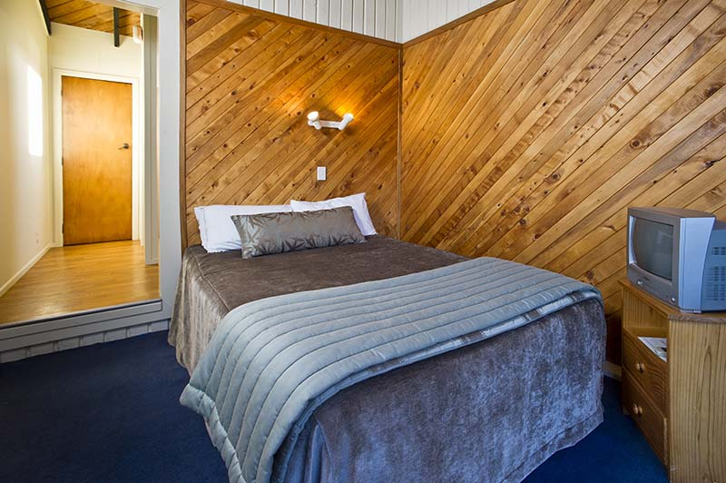 Interior of a Discovery Lodge double room at Tongariro National Park